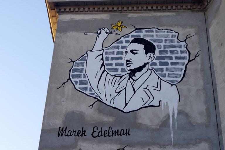 Marek_Edelman_(Mural,_ul._Nowolipki_9_w_Warszawie)_4